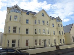 Apartment 3 Griffin House, Castlemona Avenue